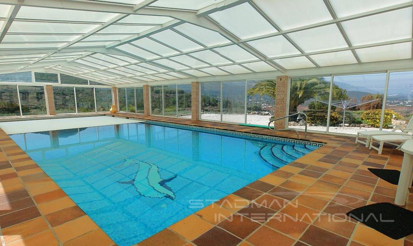Finca for sale in jalon valley for Heated pools for sale